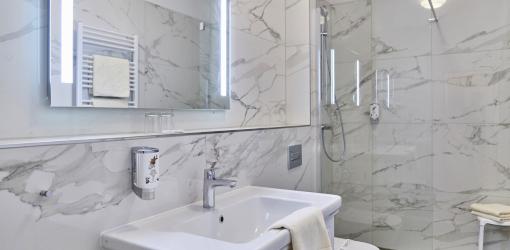 Beispiel für ein Bad eines Zimmers der Lux-Kategorie