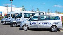 Kleinbusse mit unserer Kurreisen-Beschriftung