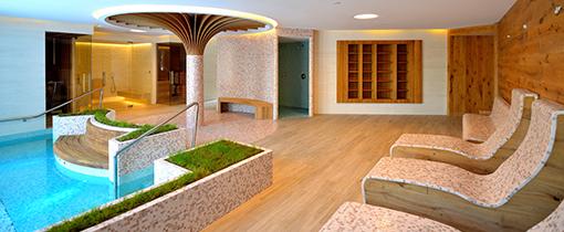 Relaxzone und Bassin im Hotel Berliner Bad Flinsberg