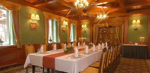 Festlich gedeckter Tisch Hotel Monty Marienbad