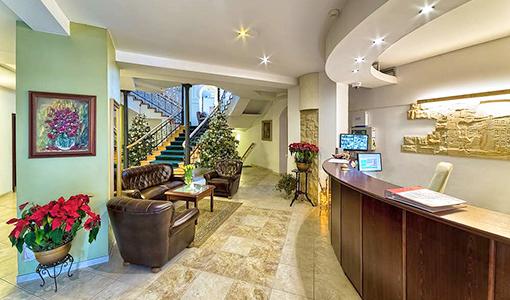 Lobby und Rezeption  im Kurhotel Berliner Bad Flinsberg