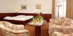 Blick in ein Doppelzimmer des Spa-Hotels Monti