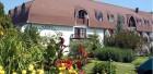 BM-Sanatorium mit Blumen vorn