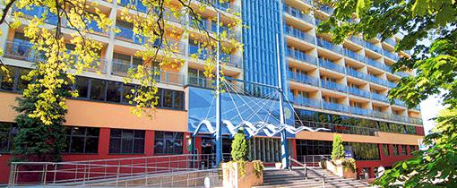 Eingangsbereich auch barrierefrei Hotel Ikar Centrum