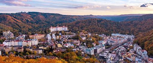 Panorama Karlsbad oben das Hotel Imperial