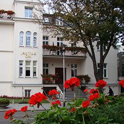 Teilansicht außen Hotel Jantar Spa Kolberg