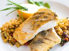 Beispiel der Villa Regent: Mittagessen mit Fisch