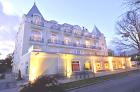 Abendliches Hotel Bursztyn in Swinoujscie