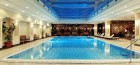 schwimmbad-im-thermal-health-spa-hotel