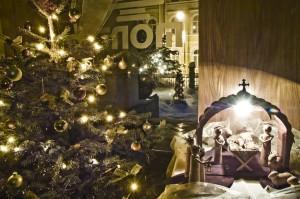 Weihnachtsschmuck im Haus Monti