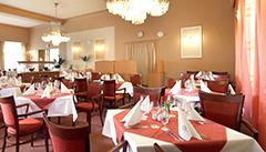 Teilansicht Speisesaal Hotel Savoy