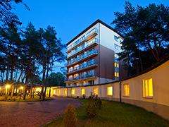 Haupthaus des Hotels Millennium in Heidebrink