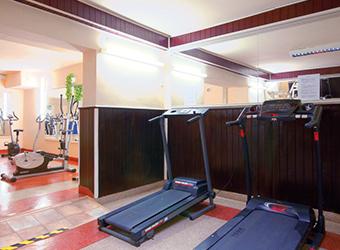 Fitnessraum im Kurhaus Górnik