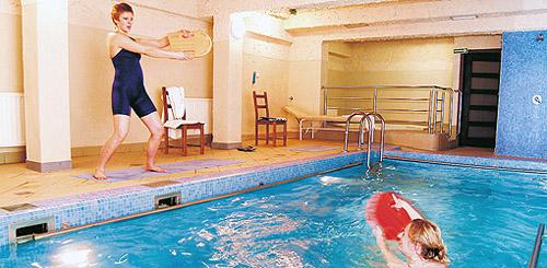 individuelle Wassergymnastik im Kurhotel Maxymilian