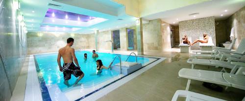 Schwimmbad im Hotel Nautilus
