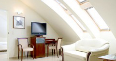 Zimmer im Dachgeschoss Hotel Park Avangard