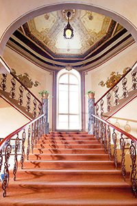 franzensbad-hotel-metropol-treppenhaus