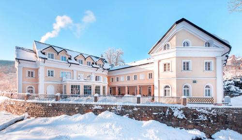 Hotel Altes Kurhaus im Winter