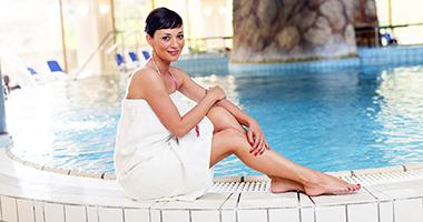 Im Schwimmbad des Health Spa Resorts Budapest