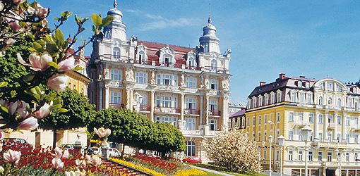 Hotels Hvezda und Skalnik am Marienbader Goetheplatz