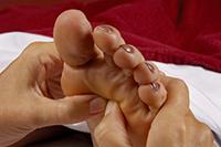 Reflexzonen-Massage am Fuß
