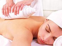 Massage mit der Heißen Rolle