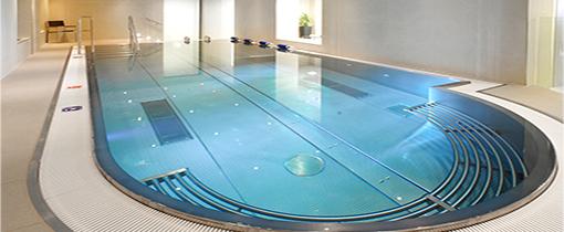 Blick aufs Schwimmbacken Spa-Wellness-Hotel Harvey Franzensbad