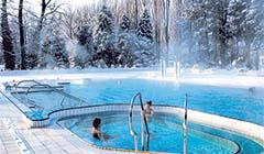 Außenpool im Winter