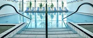 Schwimmbad im Kurzentrum Kristal