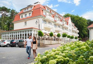 Hotel Kaisers Garten 2 im Sommer