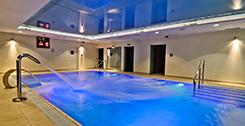 Druckstrahldüsen Schwimmbecken des Hotels Mona Lisa