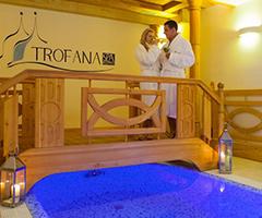 Sich wohlfühlendes Paar im Hotel Trofana