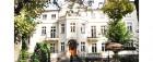 eingang-des-kolberger-hotel-maxymilian-im-sommer