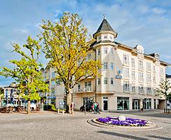 Platz mit Aquamarin Hotel Kühlungsborn