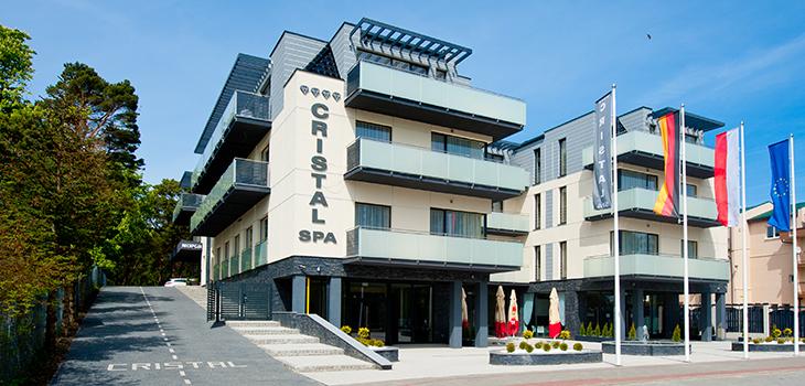 Vorderansicht Hotel Cristal Spa in Dzwirzyno
