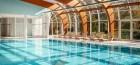 schwimmbad-im-karlsbader-resort-sanssouci