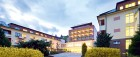 spa-resort-sanssouci-karlsbad-abends