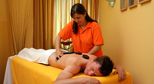Hot-stone-Massage im relexa hotel Bad Steben