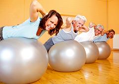 Rückenübungen im Gymnastikraum