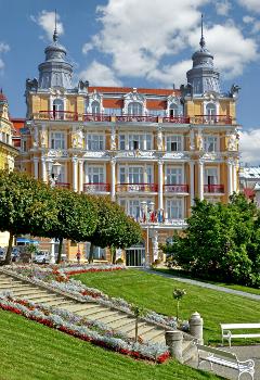 Haupthaus Hotel Stern Hvezda