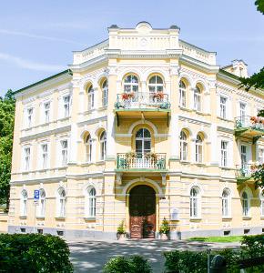 Franzensbader Hotel Metropol von vorn