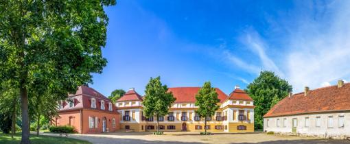 Schloss Caputh (Tagesfahrt zum Schwielowsee)