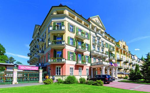 Hotel Pawlik (Haupthaus und links Durchgang zum B-Flügel)