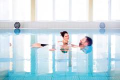 Relaxen im Schwimmbad der Haussee-Klinik Feldberg