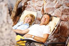 Relaxen in der Salzgrotte des Hoptels Arka
