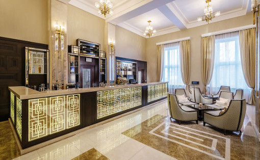 mondän-klassisch und gleichzeitig moderene Innenausstattung des Hotel Royal Palace