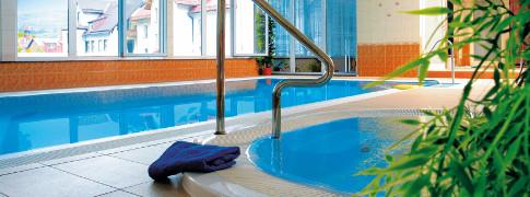 hotel-narcyz-schwimmbad