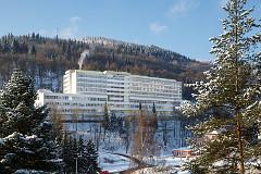 Winterbild mit Spa-Hotel Behounek