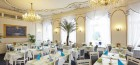 blick-in-den-speisesaal-des-grandhotels-pacifik