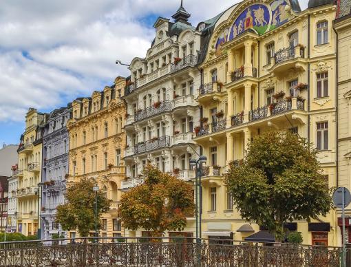 Das Karlsbader Hotel Astoria an der Tepla